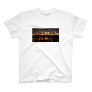 神奈川県側の夜景 T-shirts