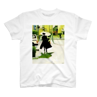 woman in black T-shirts