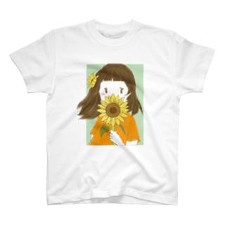 ひまわりと女の子 T-Shirt