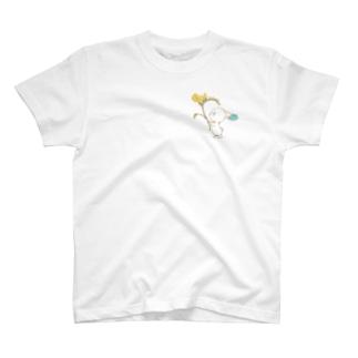 フリージアとピパ T-shirts