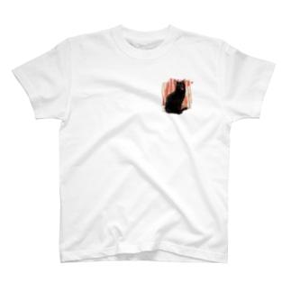 黒猫のあくび T-shirts