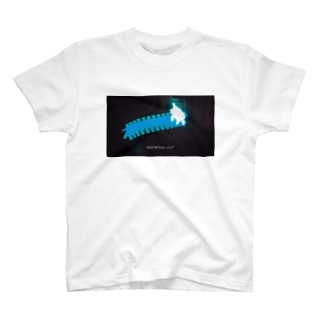 xlion-BREAKING OUT  T-shirts