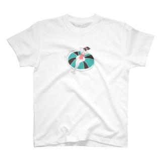 yuki illustrationのSWIM GIRL T-shirts