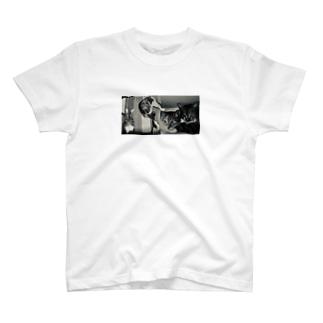 仲良きことは美しき T-Shirt
