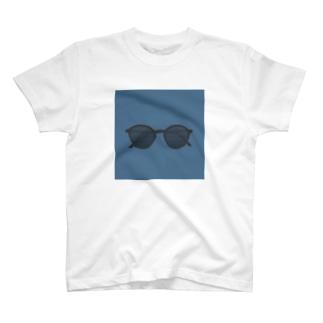 しゃべらないサングラス T-shirts