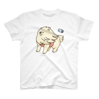 強風に立ち向かうポメラニアン(白色) T-shirts