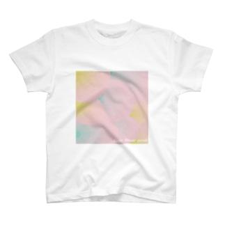 うろこの花びら T-shirts