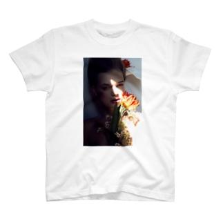Eula_Photographer T-shirts