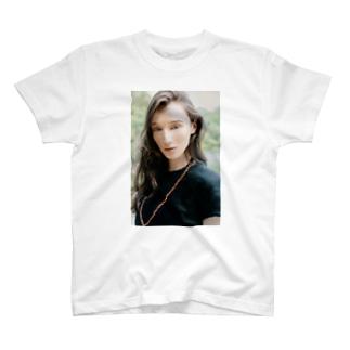 Ali_Photographer T-shirts