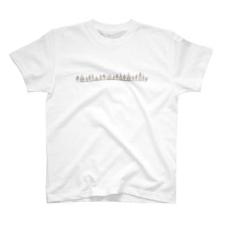 とんがり帽子の家並み T-shirts