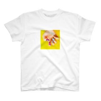 幸ネイルはっぴーちゃん T-shirts