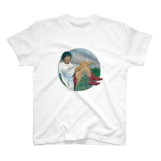 浮いてる T-shirts