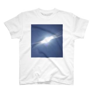 灼熱のお昼休み T-shirts