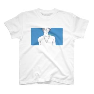 悩める青い青年② T-shirts