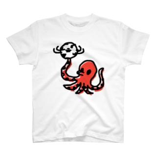 タコサッカー02 T-shirts