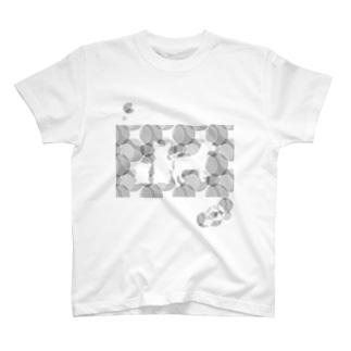 犬のシルエット 丸 T-shirts