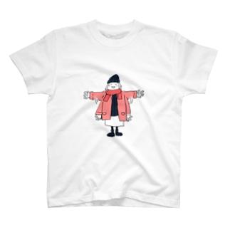 手を振るマトリョーシカさん T-shirts