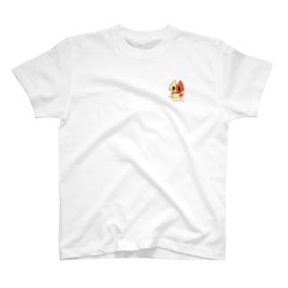 胸にねこ T-shirts