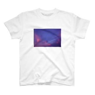 空。 T-shirts