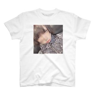 🅰️ T-shirts