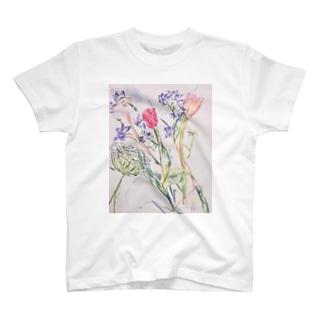 チューリップ レースフラワー デルフィニウム T-shirts