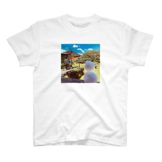 夏の雪だるま溶ける T-shirts
