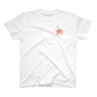桃とうさぎさん(ホワイト) T-shirts