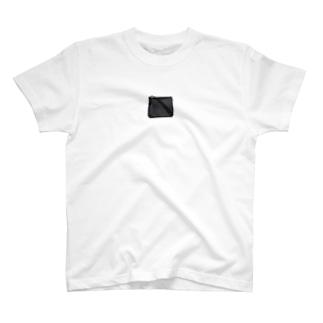 本村真由美 T-shirts