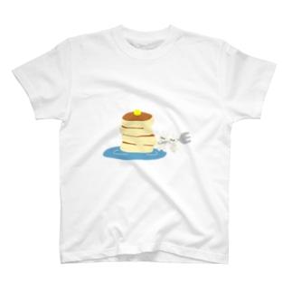 ホットケーキとウサギ T-shirts
