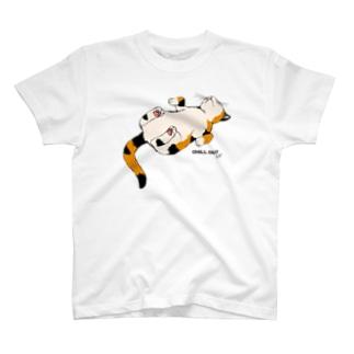 気まま三毛猫(両面) T-shirts