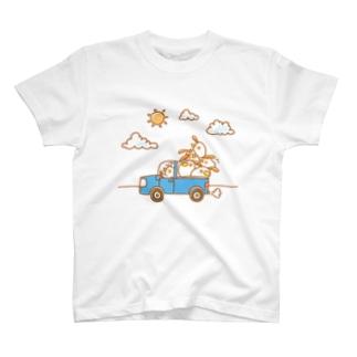 しらがきももえ / ヒラタドリのヒラタドリ(わくわく大出荷 背景無ver.) T-shirts