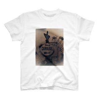 プライスレスカルーセル T-shirts