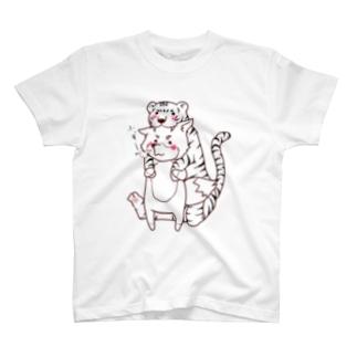 トラの威を借り切れてない狐。その① T-shirts