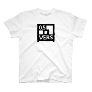 VERS-BLACK T-shirts