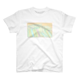 ぐちゃぐちゃ本棚 T-shirts
