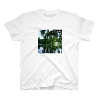 井の頭公園で待ち合わせ。 T-shirts