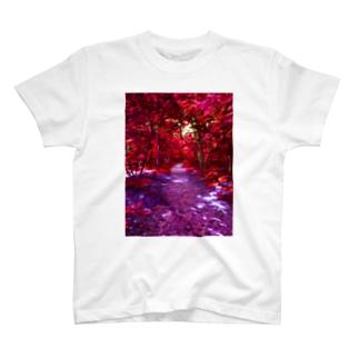 紅の森 T-shirts