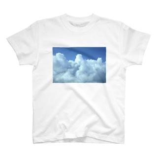 入道雲3 T-shirts