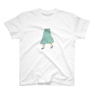 はずむ足もと T-shirts