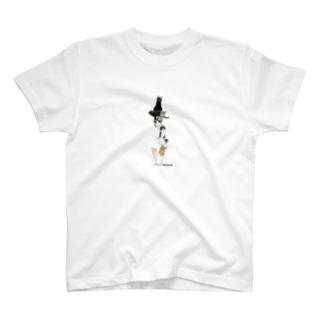 9にゃん T-shirts