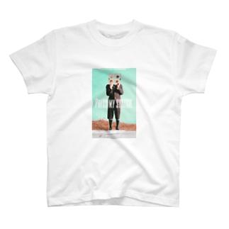 【PRESS MY SWICH】 T-Shirt
