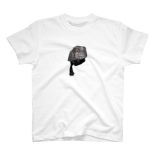 乗り出し T-shirts
