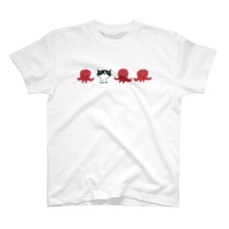 陶器絵ハチワレ猫とタコ T-shirts