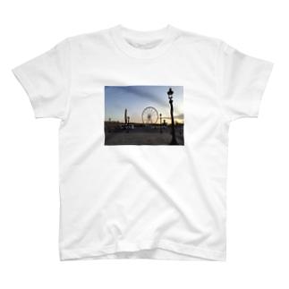 夜明けの観覧車 T-shirts