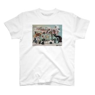 廃車マンション T-shirts