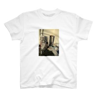 台風のあと T-shirts