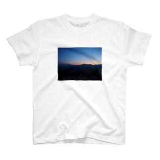 藻岩山の夕日 T-shirts