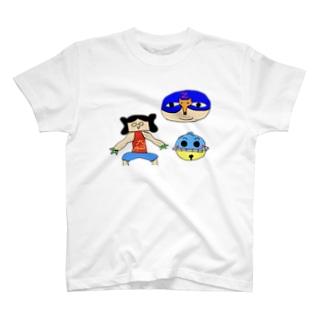 三位一体 T-shirts