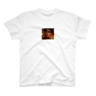 国母様 T-shirts