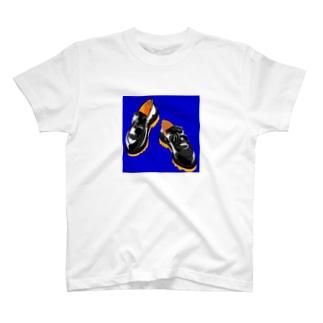 お気に入りローファー T-shirts